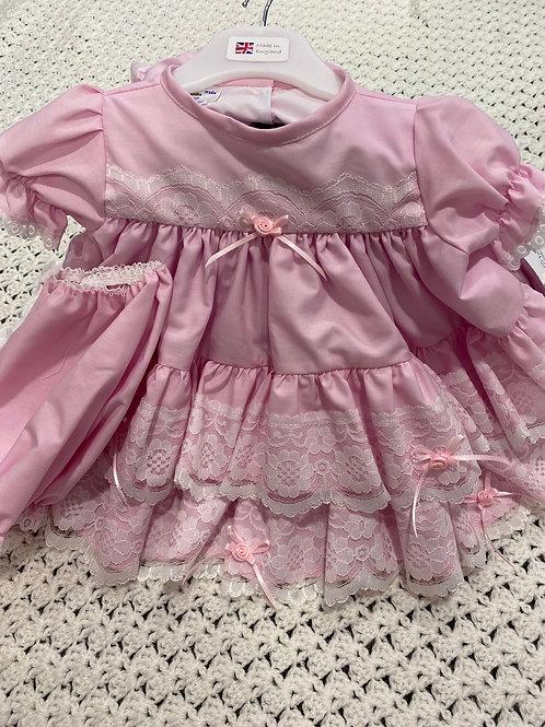Frilly Dress & Pants       554