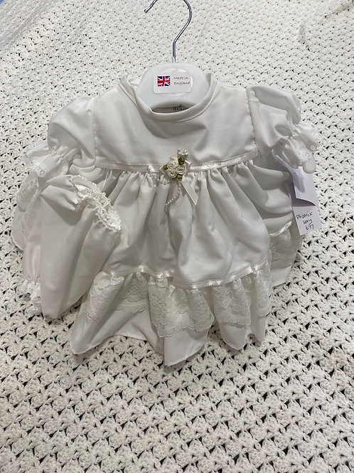 Frilly Dress & Pants    677