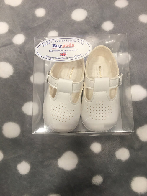 Baypod boys white hard sole shoe