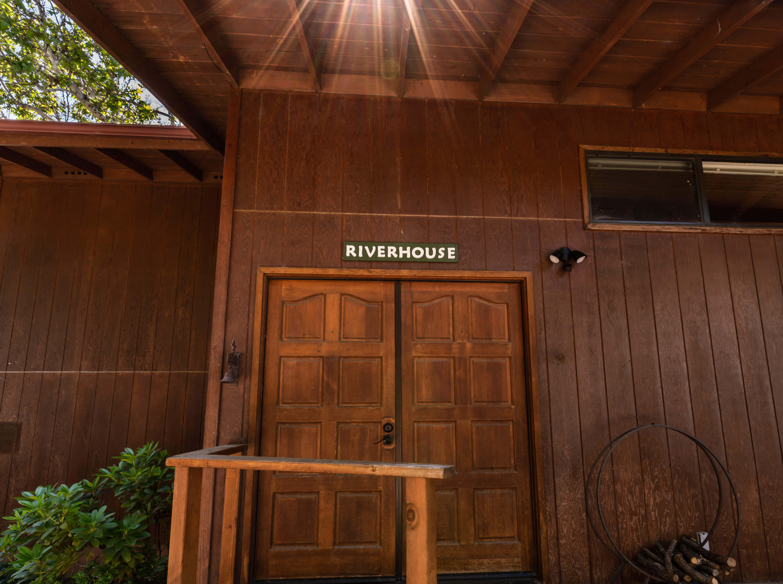 Riverhouse Entrance
