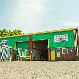 Unit 6, Withy Road, Industrial Estate, Bilston,  Wolverhampton,  WV14 0RX, Tel: 01902 354774, Garage, Citroen, Peugeot, Mechanic, Speciallist, MOT, Service, Repair, Nissan, Renault, Tools, Technically Autos Ltd.,