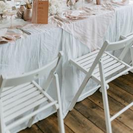 Klappstuhl weiß mieten Hochzeit, Trauung, Freie Trauung, Strandhochzeit, SchlipsundSchleier, Hochzeitsplanung, Mietmich,