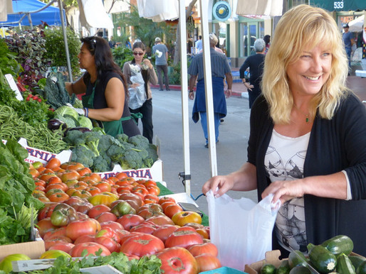 Keeping it Simple; Lynette La Mere at Farmer's Market