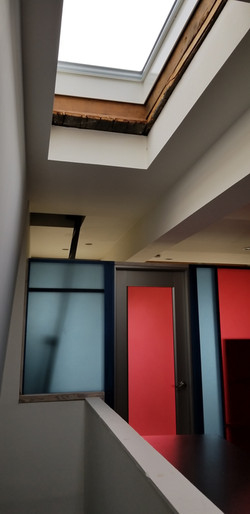 Townhouse color resin partition