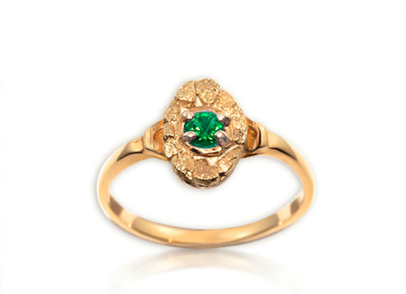 May Oval Birthstone Ring - Emerald