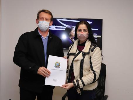 Liziane Bayer destina R$ 200 mil ao Hospital Beneficente São Pedro, de Garibaldi