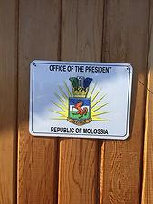 molossia sign