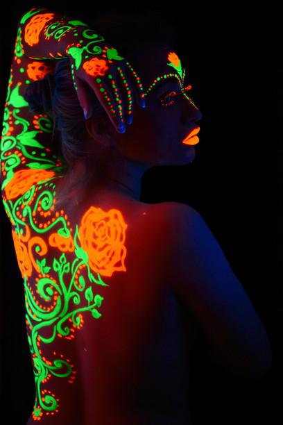 Rose UV Neon