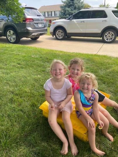three sweaty besties