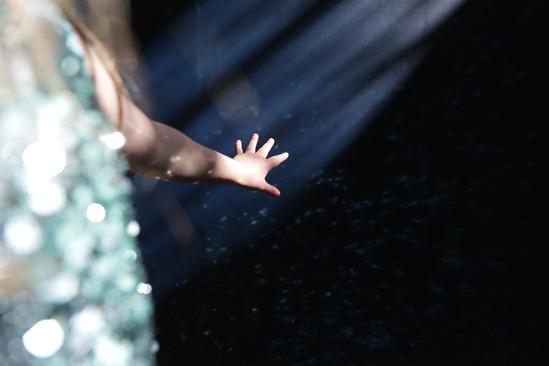 EleanorChurch_Isolation_Kids_Sunlight_Ha