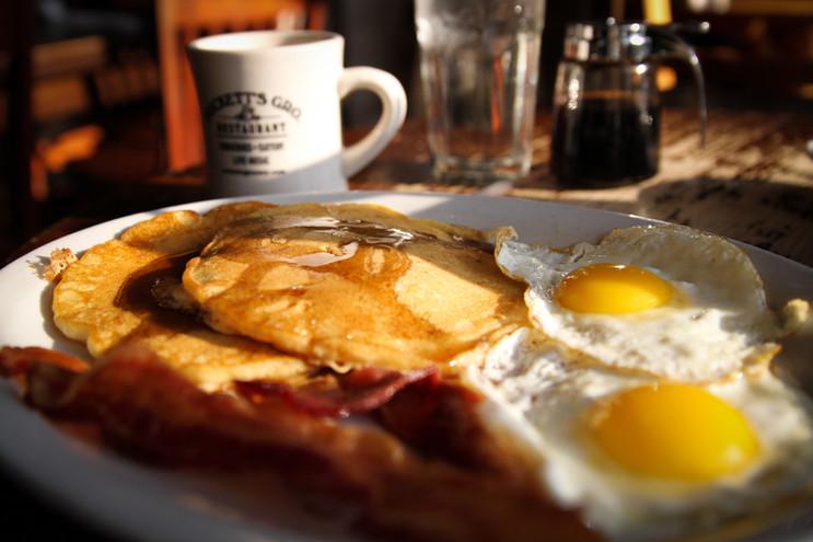 EleanorChurch_Fried_Breakfast-4996.jpg