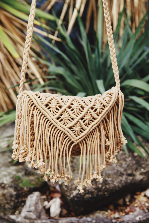 The Vagabond Macrame ~ Tan