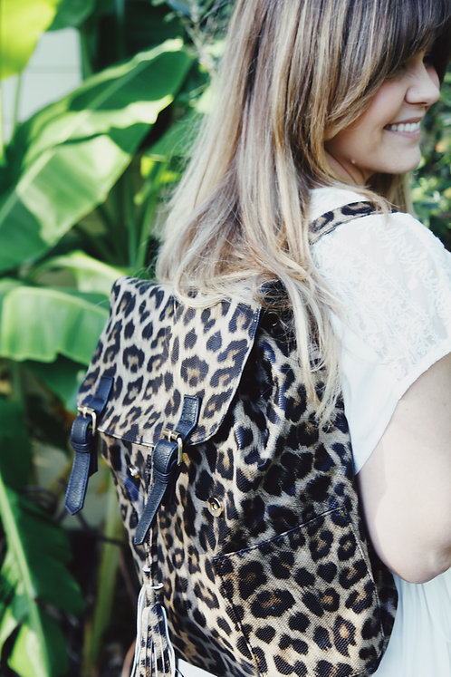 The Backpacker ~ Leopard