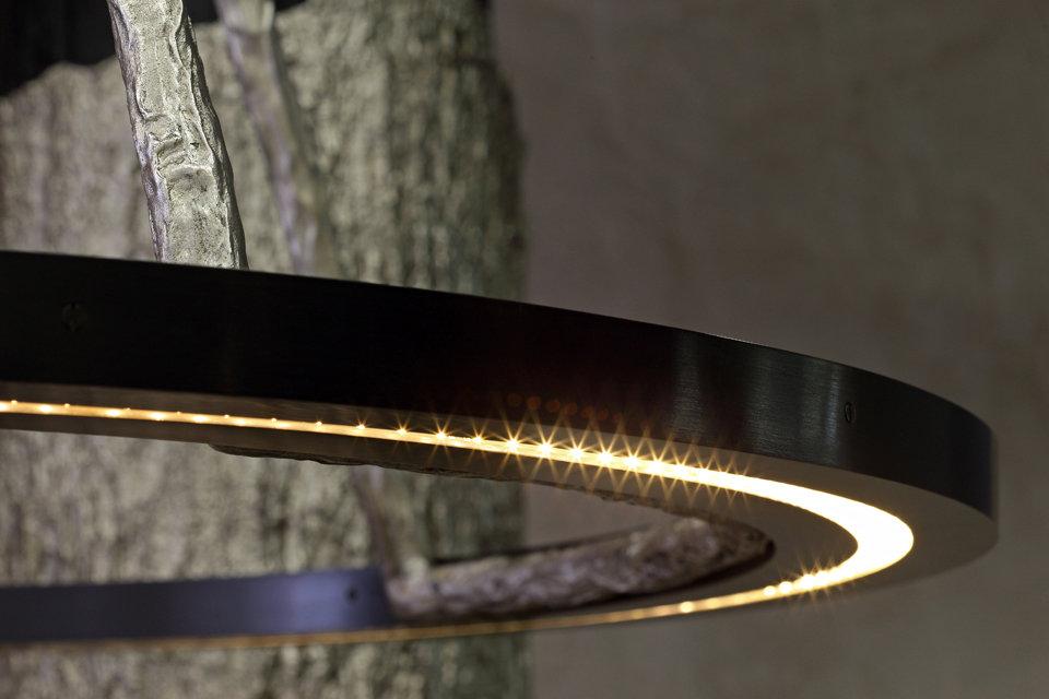 SBALINI-bronze-lamp-MANDARIN-ORIENTAL-HO