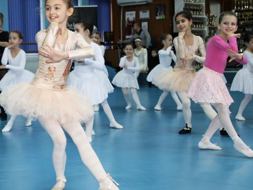 Танцьори представиха наученото от Майсторския клас на концерт в танцовата зала на Галаксико