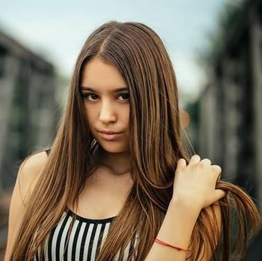 Елена Визирополова