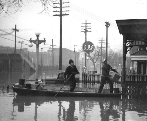 1937 Flood Rescue Louisville KY
