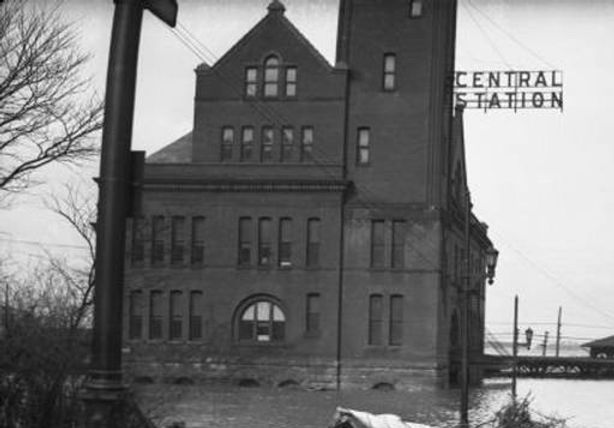 1937 Flood Central Station Louisville KY