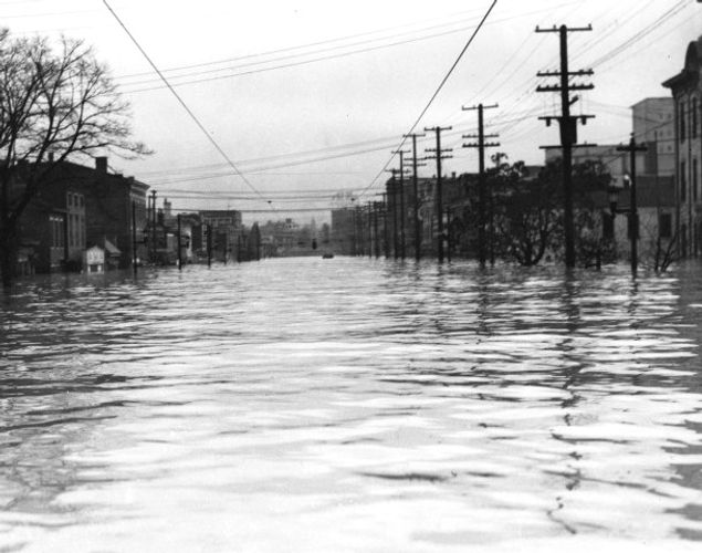 1937 Flood Broadway Louisville KY