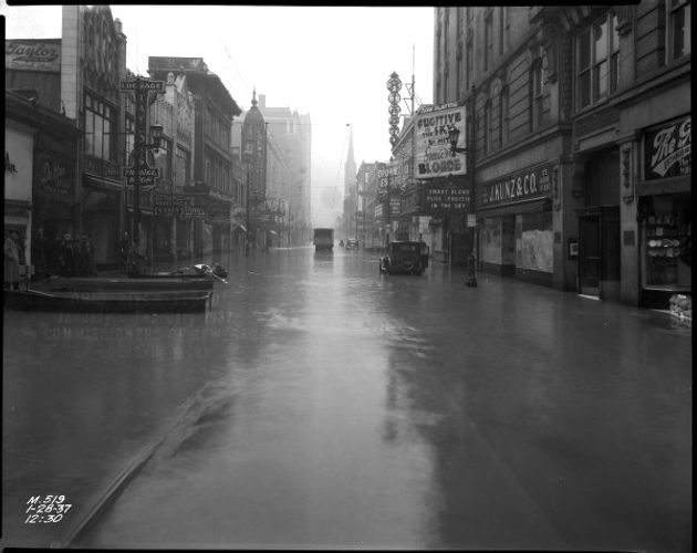 1937 Flood Fourth St Louisville KY