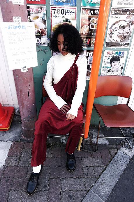 赤ワンピワンショル椅子2_2020-03-08 13-59-30.jpg