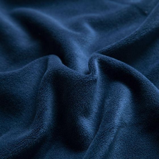 Donker blauwe deken