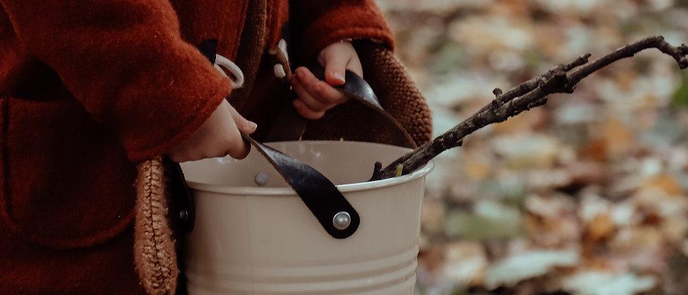 Foraging Bucket