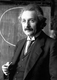 Einstein_1921_portrait2.jpg