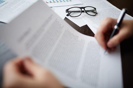 glasses-documents-min.jpg