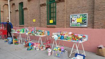 OS DAMOS LAS GRACIAS: 1ª Feria del juguete y del libro