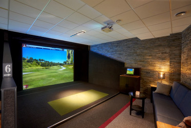Full Swing Simulator lighting