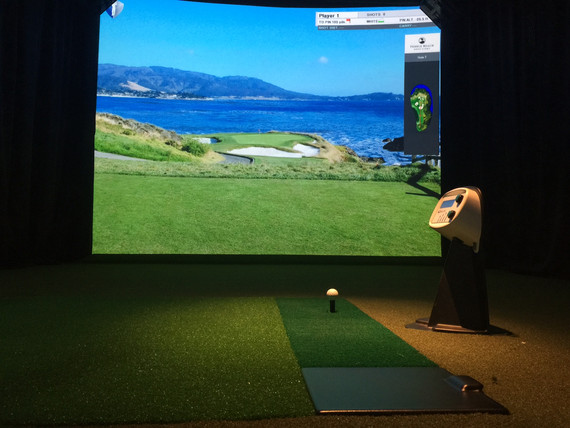 Touchless golf simulator