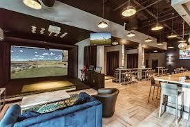 Full-Swing-Lounge