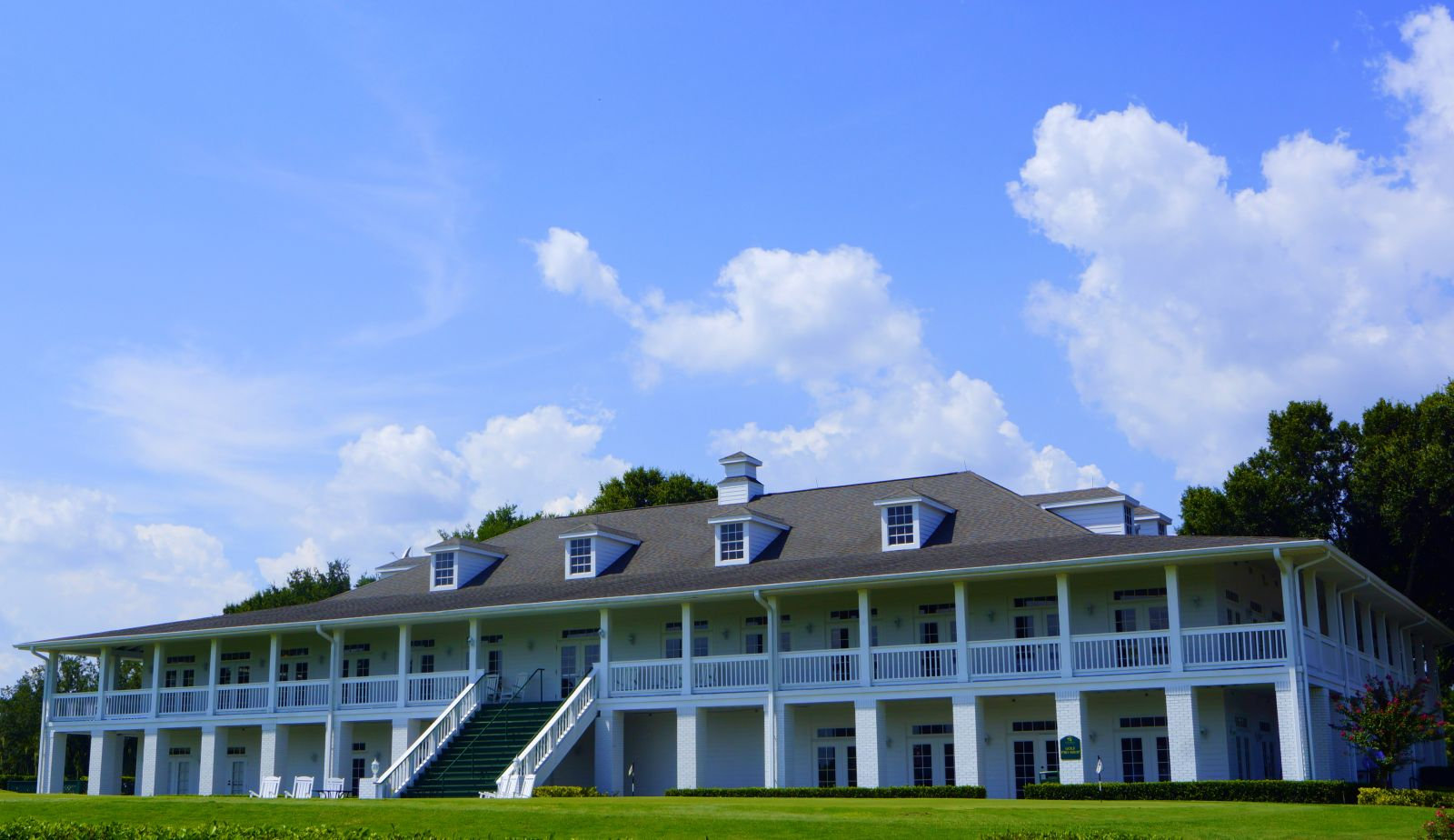 Southern clubhouse photo