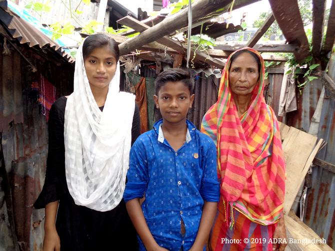 A Slum Kid is Struggling for His Future