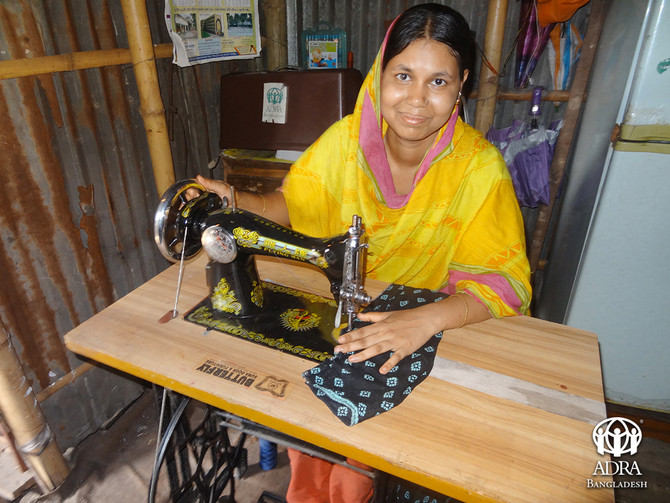 Life in Slum: Building Future with Sewing Machine