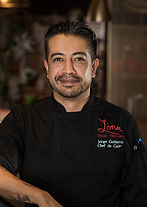 Jorge_Lona chef.jpg