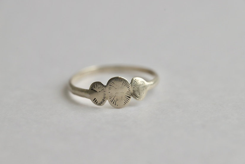sterling silver ring / ancre-coeur-croix