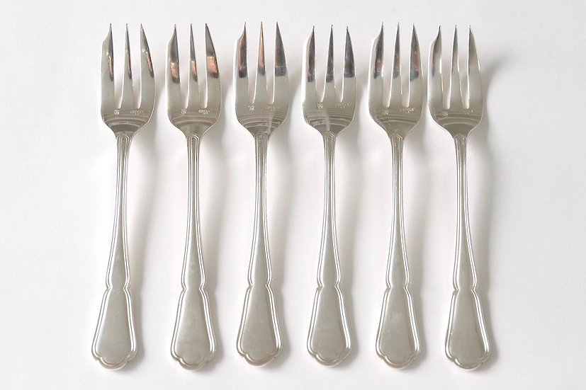 silver plated gateaux fork/A