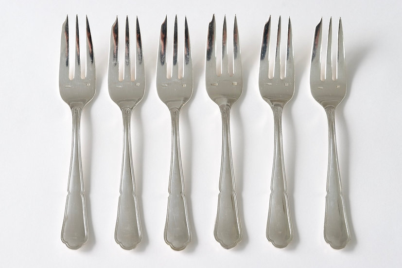 silver plated gateaux fork/B