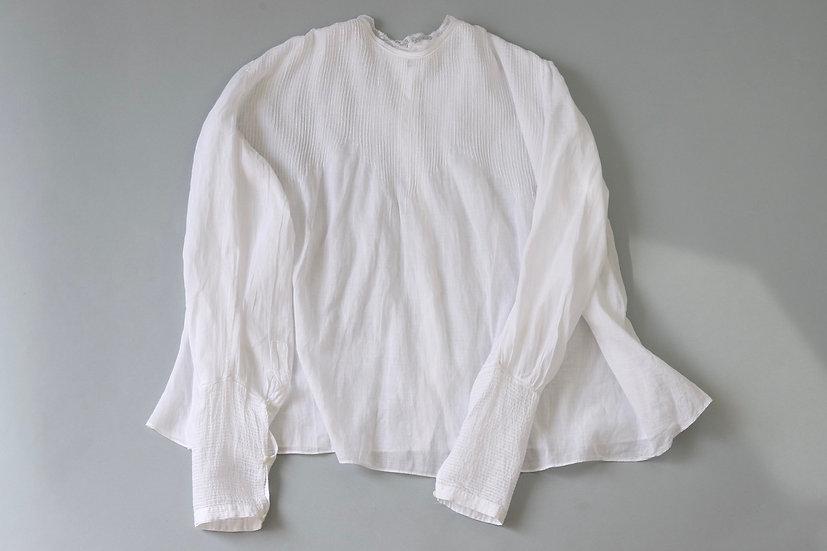 long cuffs cotton blouse