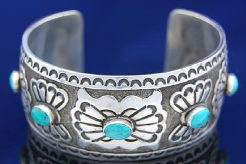 Navajo Old Pawn Turquoise Cuff Bracelet