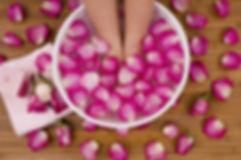 1200-89932700-rose-pedicure.jpg