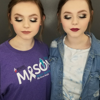 TWINNING WITH GORGEOUS PROM MAKEUP
