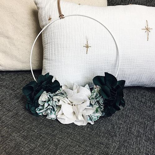 Couronne de fleurs en tissu - Vert