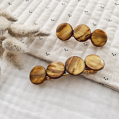 Barrette avec perles en nacre - Moutarde