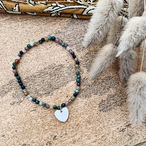 Bracelet avec perles et petit coeur