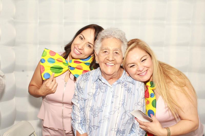 Felicidades Mama Manuela