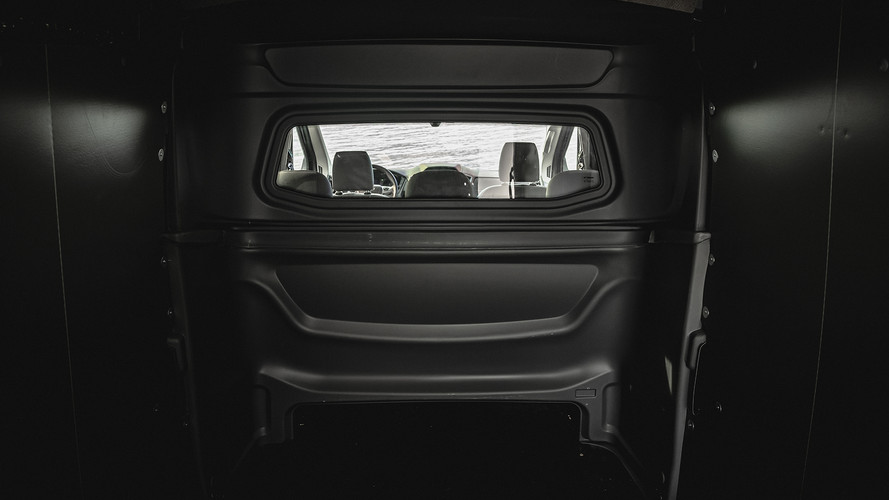 FORD TRANSIT CREWVANCO PARTITION CARGO VIEW