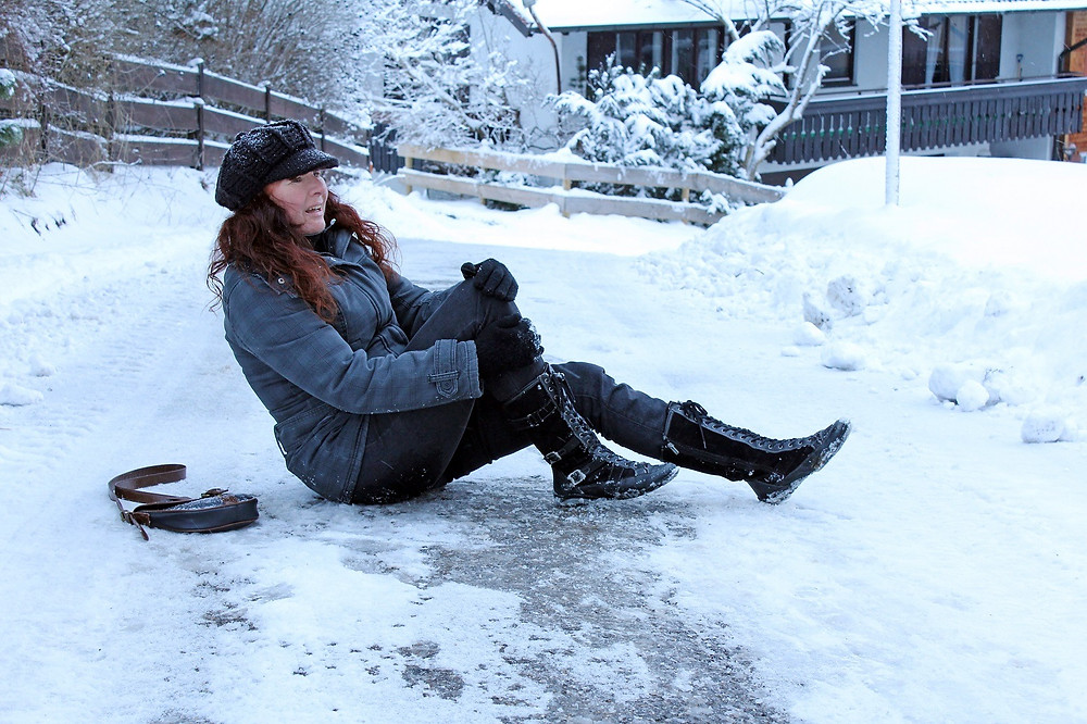 Slip and Fall Attorneys | New York | Law Office of Dimitrios Kourouklis, Ph.D.